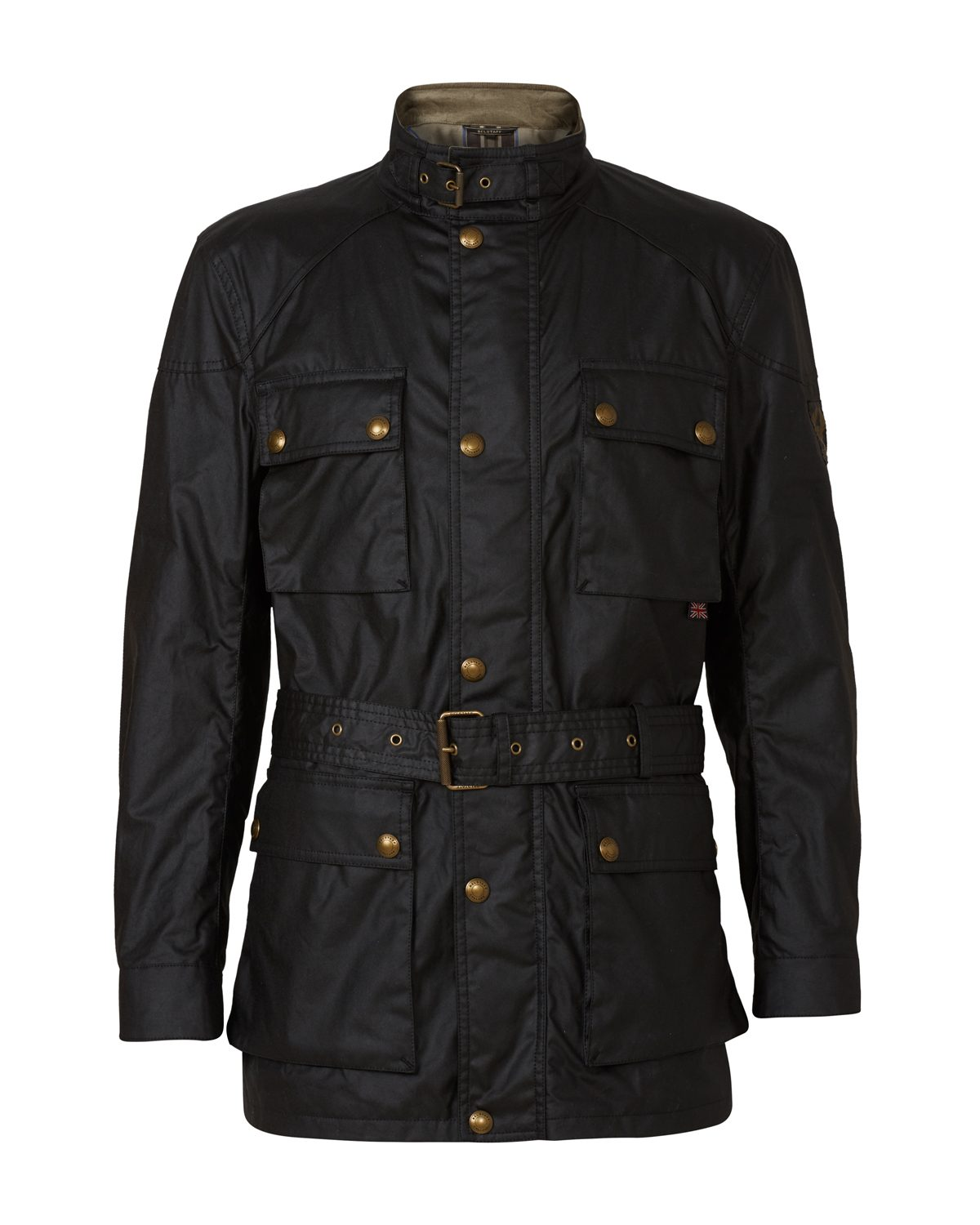 The Barbour waxed cotton Jacket or Barbour field jacket for men is a wardrobe must-have, perfect for country and city settings. More prominent in city settings, the Barbour jacket for men is perfect for throwing over the top of your suit or casual outfit to keep the elements out.